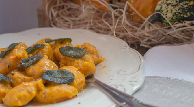 Kürbis-Gnocchi mit Salbeibutter unbedingt probieren