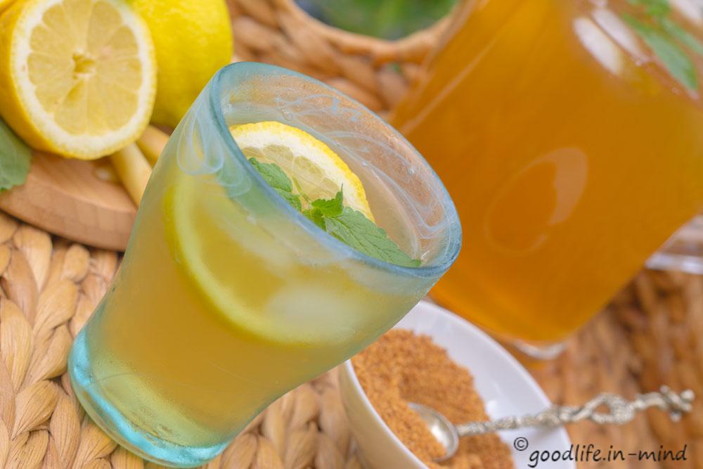 Erfrischung-im-Glas