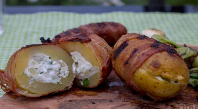 Gefüllte gegrillte Kartoffeln