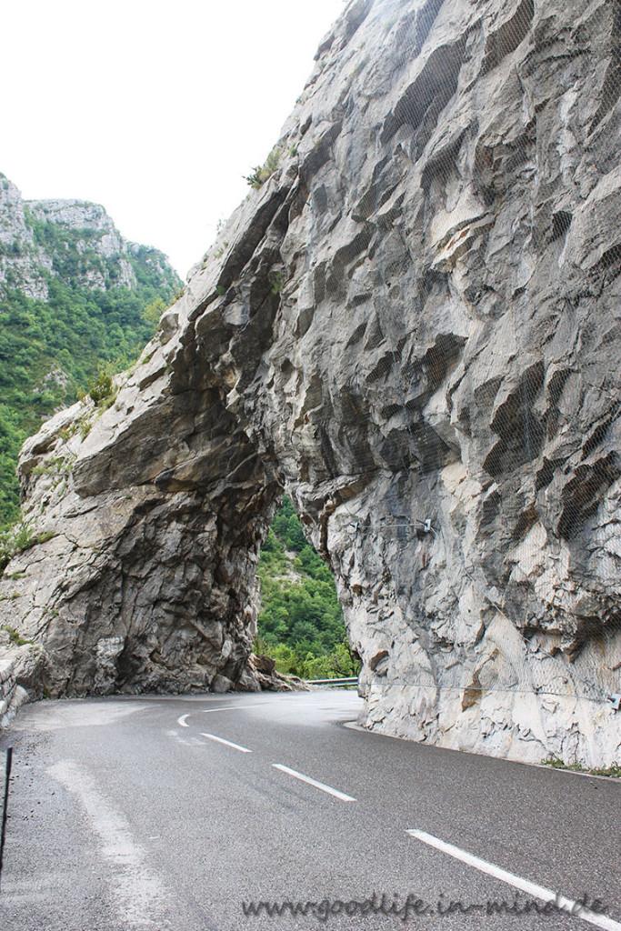 Felsbogen Straße France