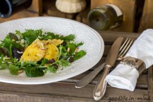 Kräuter-Ravioli-Wildkräutersalat