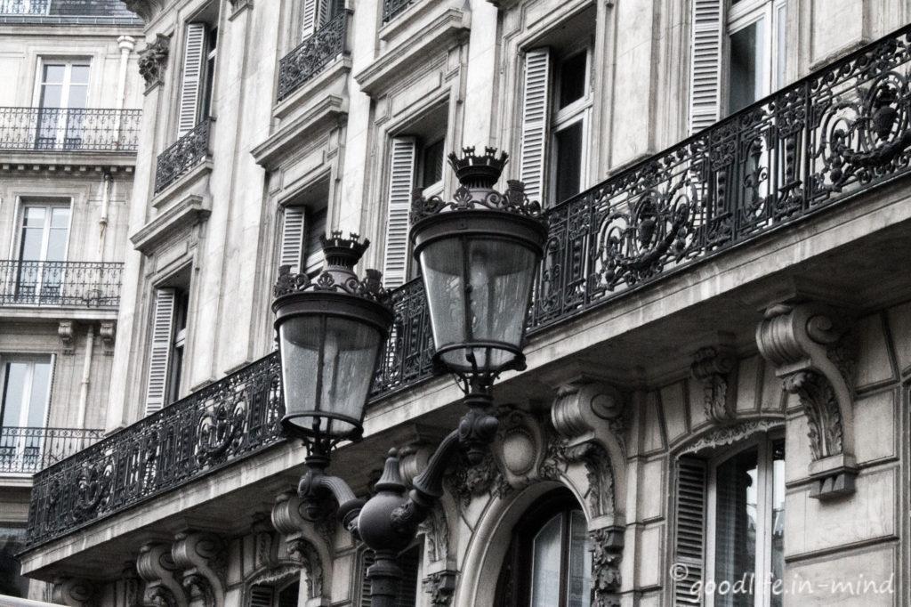Laternen in Paris